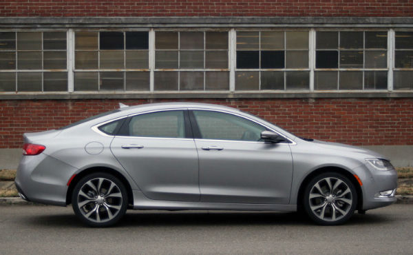2015 Chrysler 200C V6