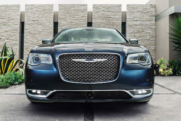 2015 Chrysler 300C Platinum Facelift