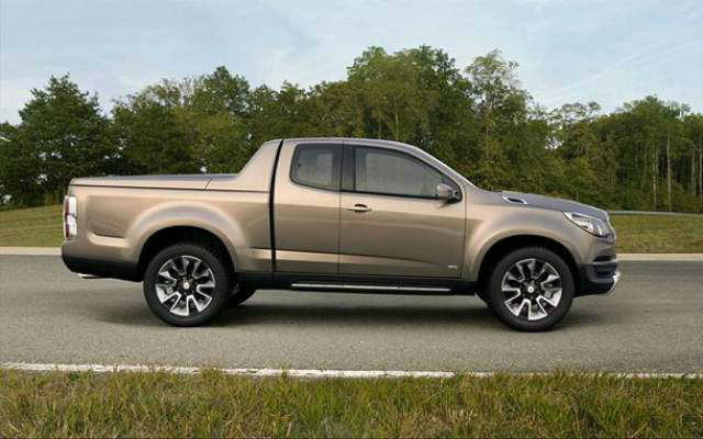 2017 Chevy Avalanche Pictures